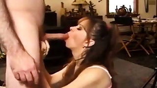 amateur girl swallow cum