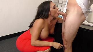 Multi-storey MILF Boss Claudia Valentine fucks employee