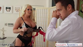 Hottest mother-in-law Alura Jenson is fucking daughter's husband Johnny Palace