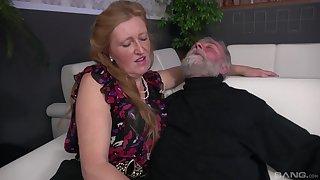 Old guy's kinky handjob action with Izabela, Aneta coupled with Lenka
